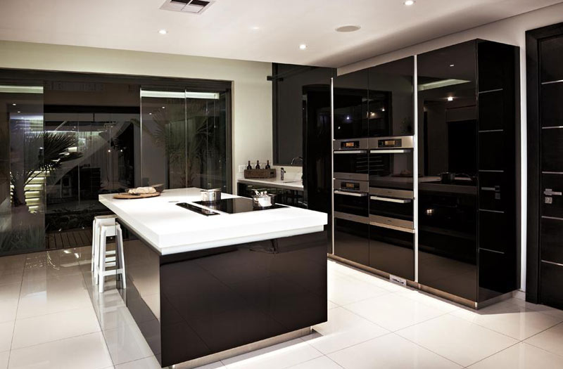 Spacious kitchen design trend kitchen designs design for Latest trends in kitchen design
