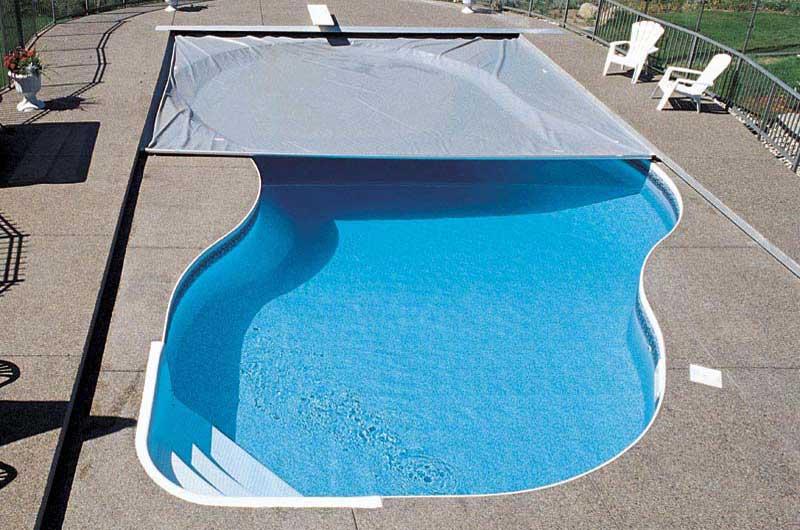 Installing a Pool Blanket